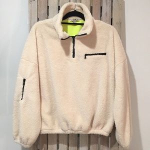 {express} fleece pullover